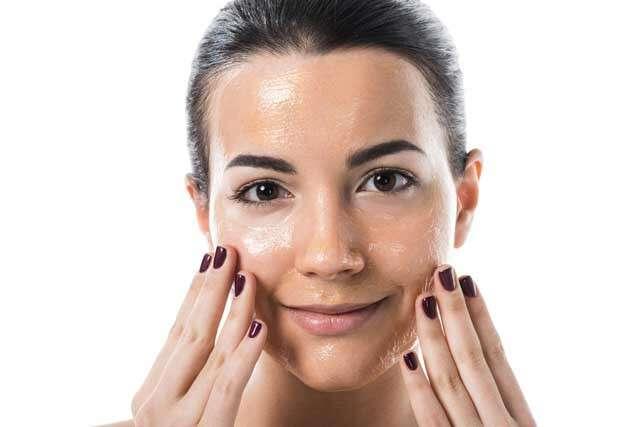 خواص اسنشیال اویل رزماری برای پوست و مو